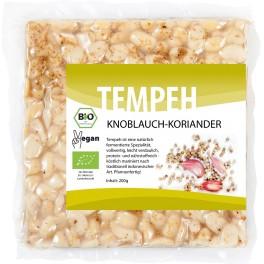 Tempehmanufaktur Tempeh (soia fermentata) cu usturoi si coriandru, 200 g